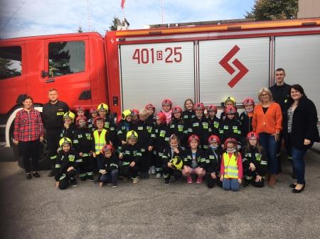 Wycieczka uczniów klas I-III do Straży Pożarnej w Bytowie